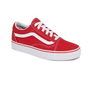 VANS Old Skool Sneaker red (womens) NWT never worn